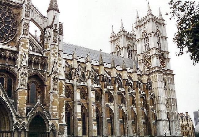 GOTIČKA ARHITEKTURA Westminster-Abbey-north